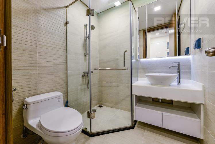 Phòng tắm 2 Bán căn hộ Vinhomes Central Park 2PN tầng trung, view sông, đầy đủ nội thất