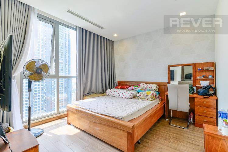 Phòng Ngủ 1 Căn hộ Vinhomes Central Park tầng trung Park 7 đầy đủ nội thất