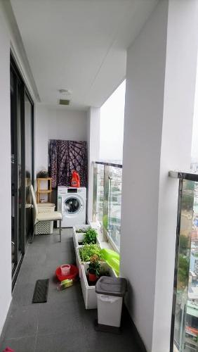 Ban công Kingston Residence, Phú Nhuận Căn hộ view thoáng mát Kingston Residence đầy đủ nội thất.