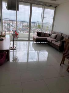 Cho thuê căn hộ Thảo Điền Pearl 2 phòng ngủ, tầng 16, tháp 2, đầy đủ nội thất, hướng Nam