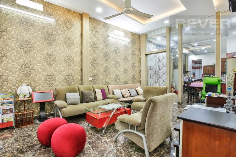 Phòng Khách Nhà phố 4 tầng mặt tiền đường Bùi Văn Ba tiện kinh doanh