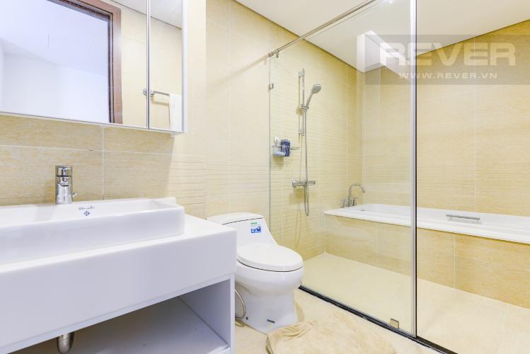 Phòng tắm 1 Căn hộ Vinhomes Central Park 4 phòng ngủ tầng trung P3 view trực diện sông