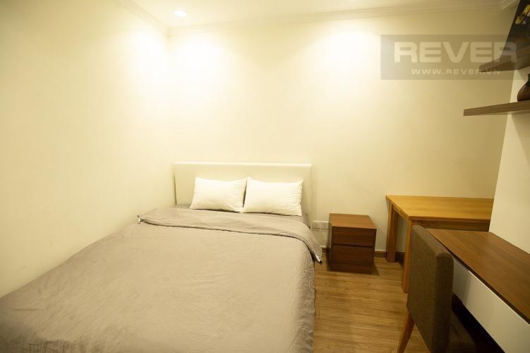 Phòng Ngủ Cho thuê căn hộ Vinhomes Central Park 2PN, tầng cao, tháp Landmark 3, đầy đủ nội thất, view thành phố