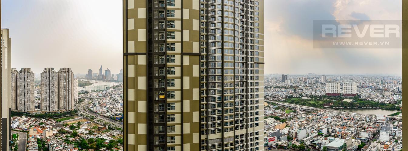View Căn hộ Vinhomes Central Park 2 phòng ngủ tầng cao L4 không nội thất