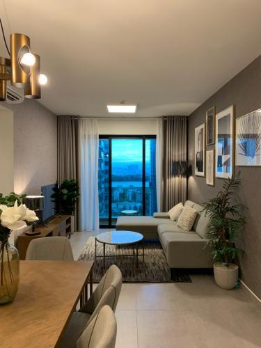 Phòng khách Feliz En Vista Căn hộ Feliz En Vista nội thất cơ bản, view nội khu.