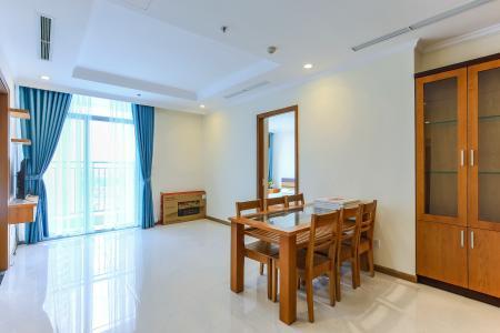 Căn hộ Vinhomes Central Park 3 phòng ngủ tầng cao L2 đầy đủ nội thất