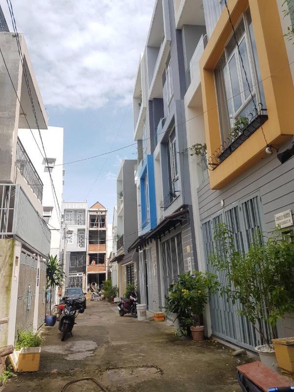 72289759_689467781537552_5288796211166314496_n Bán nhà phố đường Nguyễn Thị Định Quận 2, diện tích 51m2, ngang 4.7m, 3 tầng, hẻm xe hơi
