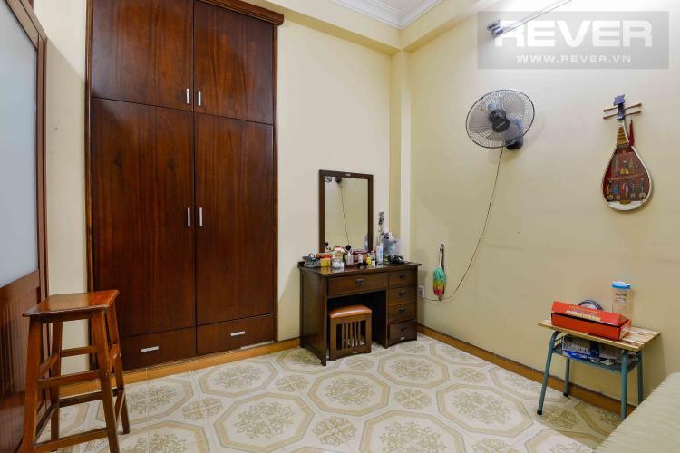 Phòng Ngủ 4 Cho thuê nhà đường Quốc Hương, 2 lầu 4PN 3WC, hướng Đông Bắc, đầy đủ nội thất