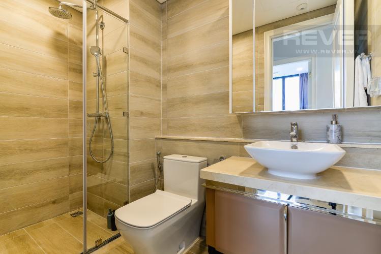 Phòng Tắm 1 Căn hộ Vinhomes Golden River tầng cao 2PN đầy đủ nội thất, có thể dọn vào ở ngay