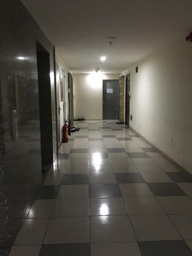 Hành lang chung cư Tân Mai, Bình Tân Căn hộ chung cư Tân Mai tầng trung, view nội khu.