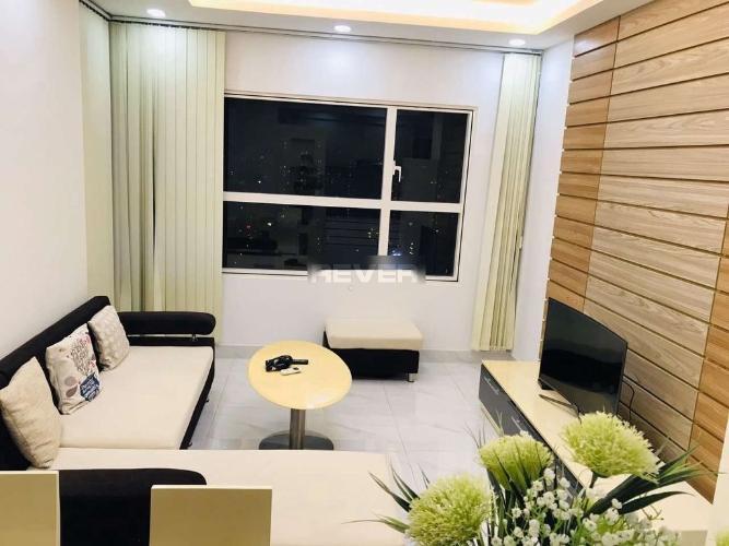 Căn hộ tầng cao view hồ bơi M-One Nam Sài Gòn nội thất đầy đủ.