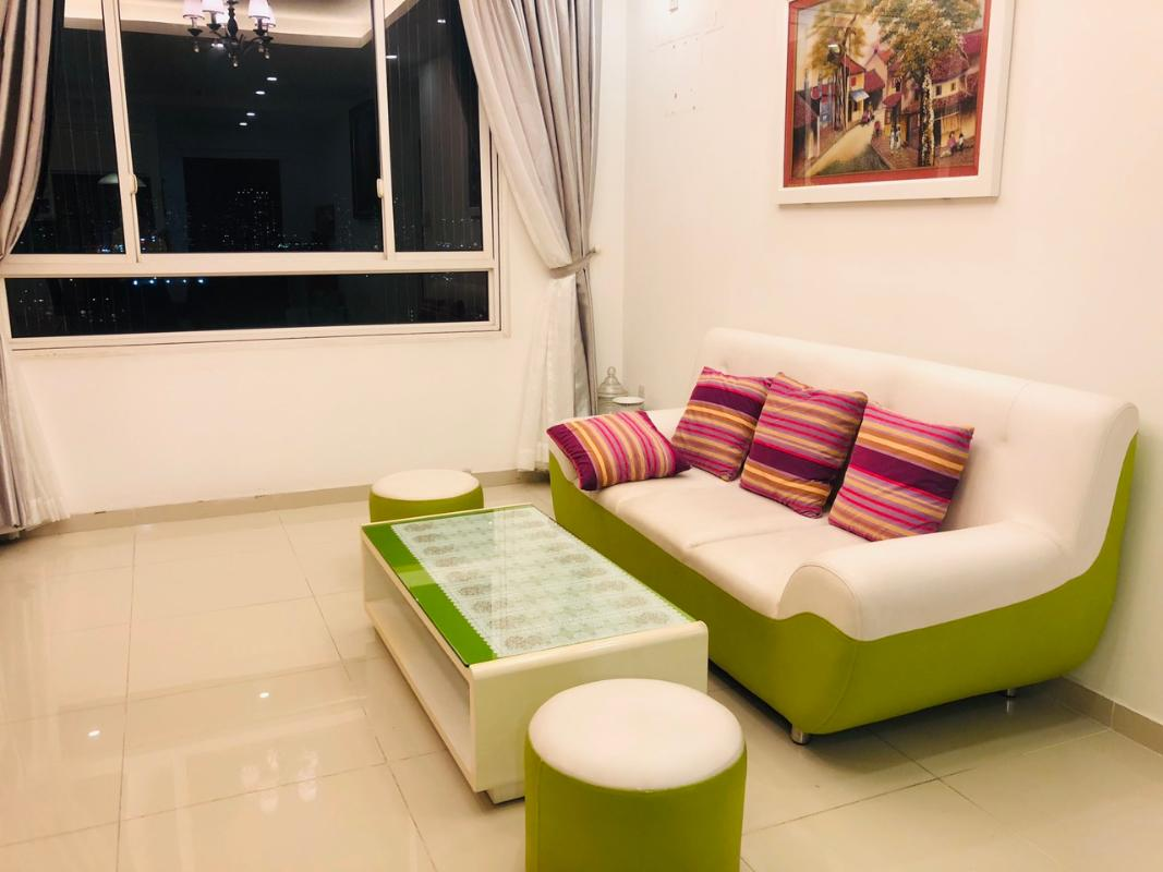 living room3 Bán hoặc cho thuê căn hộ Tropic Garden 2PN, tầng 22, tháp C2, đầy đủ nội thất, hướng Tây Bắc
