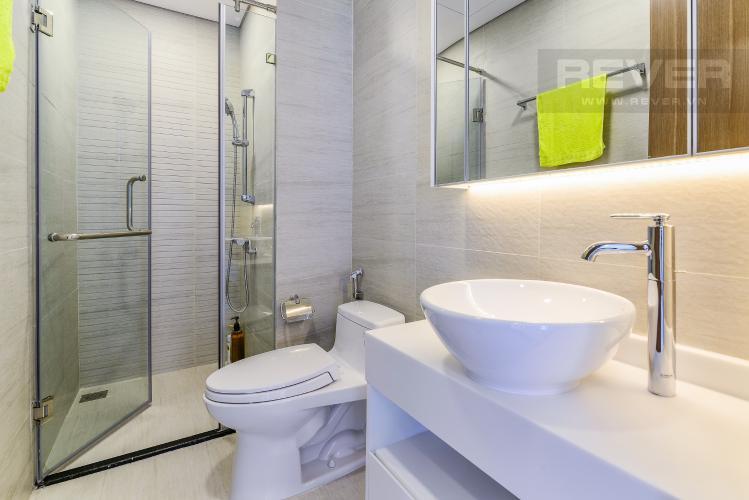 Phòng Tắm 1 Căn hộ Vinhomes Central Park tầng cao Park 5 nội thất cơ bản