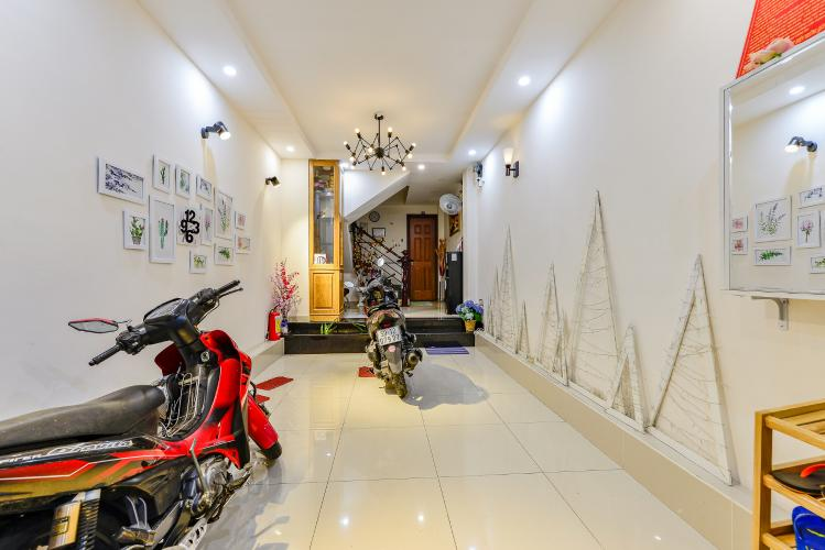 Nhà phố 8 phòng ngủ đường Nguyễn Trãi Quận 1