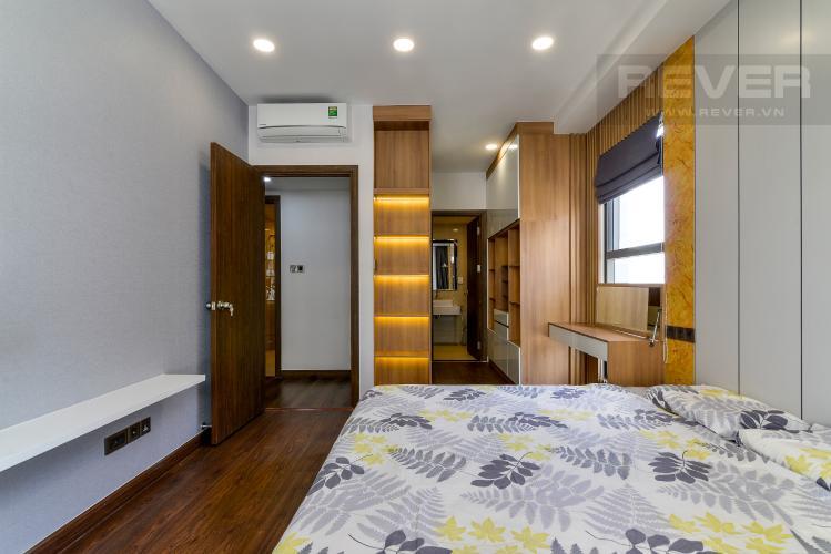 Phòng Ngủ 1 Cho thuê căn hộ Saigon Royal 2PN, tháp A, đầy đủ nội thất, view hồ bơi