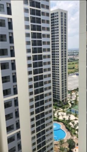 View căn hộ Vinhomes Grand Park Căn hộ Vinhomes Grand Park tầng cao view nội khu, chưa có nội thất.