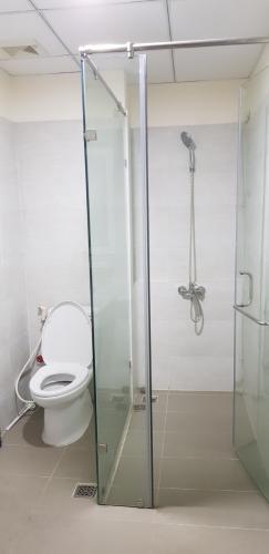Phòng tắm căn hộ Flora Fuji, Quận 9 Căn hộ tầng cao chung cư Flora Fuji ban công hướng Nam, view mát mẻ.