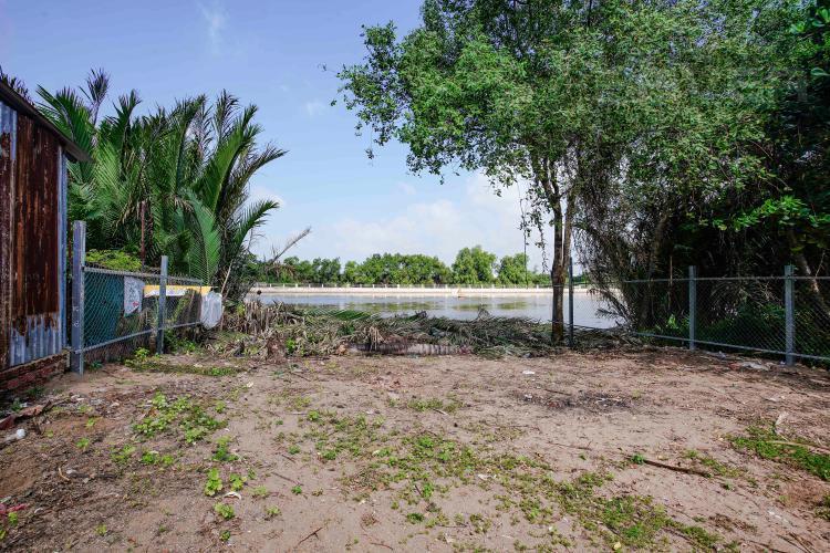 View Bán 680 m2 đất hai mặt tiền, ven sông, vuông vức ở Đào Sư Tích, Phước Kiển, Nhà Bè