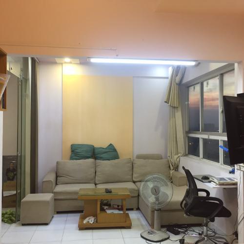 Căn hộ Saigon Town đầy đủ nội thất, view thành phố.