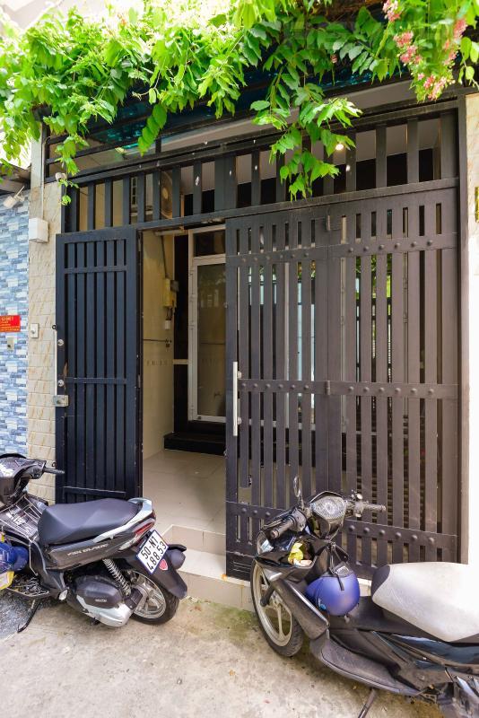d4cf90cc473fa161f82e Bán nhà phố 4 tầng hẻm Nguyễn Thần Hiến Quận 4, diện tích đất 44m2, đầy đủ nội thất