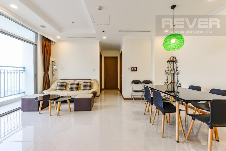 Phòng khách Căn hộ Vinhomes Central Park 2 phòng ngủ tầng cao L6 hướng Đông Bắc