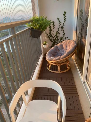 Nội thất Sunrise Riverside Căn hộ Sunrise Riverside tầng trung, đầy đủ nội thất, view sông.