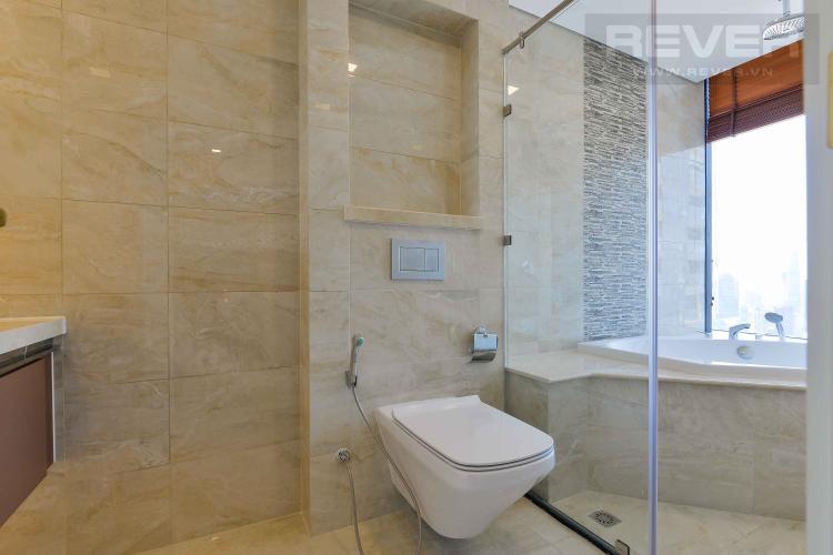 Toilet 3 Bán căn hộ Vinhomes Golden River tầng cao, diện tích 150m2, 3PN 3WC, nội thất cao cấp