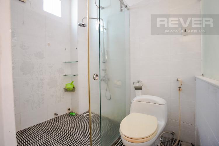 Phòng Tắm 2 Tầng 2 Bán nhà phố tại Nhà Bè, 2 tầng, 4PN, 4WC, sổ hồng chính chủ