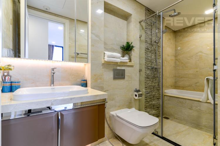 Phòng Tắm 2 Cho thuê căn hộ Vinhomes Golden River 2PN đầy đủ nội thất, view sông Sài Gòn