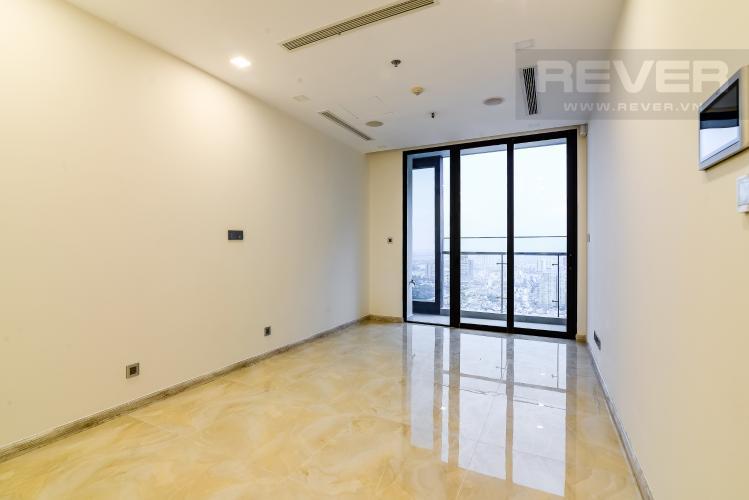 Phòng khách Officetel Vinhomes Golden River 1 phòng ngủ tầng cao A1 nhà trống