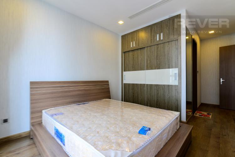 Phòng Ngủ 1 Cho thuê căn hộ Vinhomes Central Park 2PN 2WC, đầy đủ nội thất, view sông