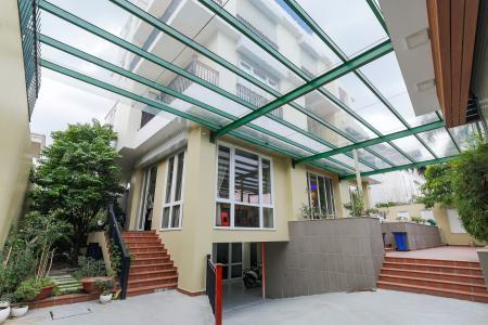 Bán biệt thự 3 tầng, 6 phòng ngủ, đầy đủ nội thất tại phường Bình An, Quận 2