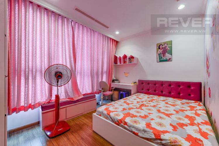 Phòng ngủ 3 Căn hộ Vinhomes Central Park 4 phòng ngủ tầng trung C2 view sông