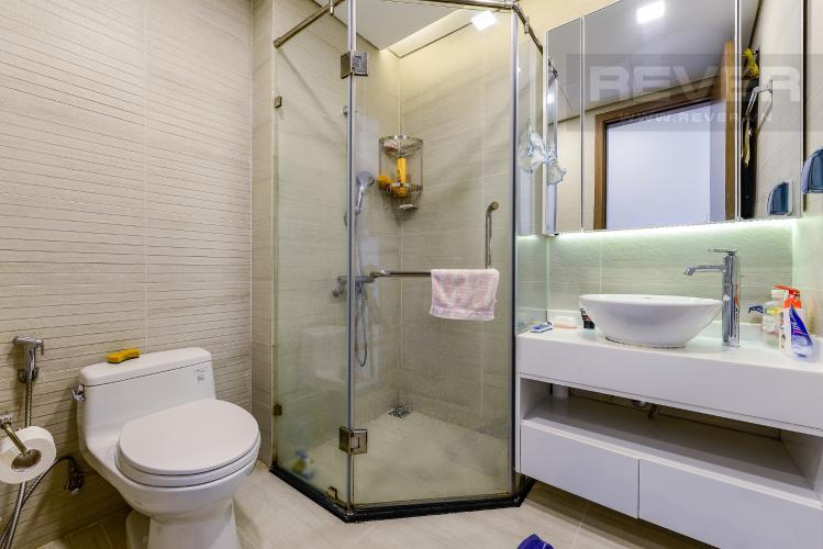 Phòng tắm 1 Cho thuê căn hộ Vinhomes Central Park tầng thấp, 4PN, đầy đủ nội thất