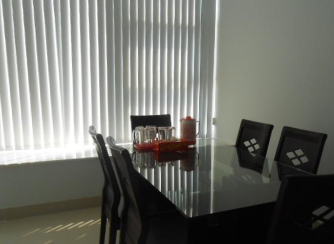 Phòng ăn La Casa, Quận 7 Căn hộ La Casa tầng trung, ban công hướng Nam view thành phố.