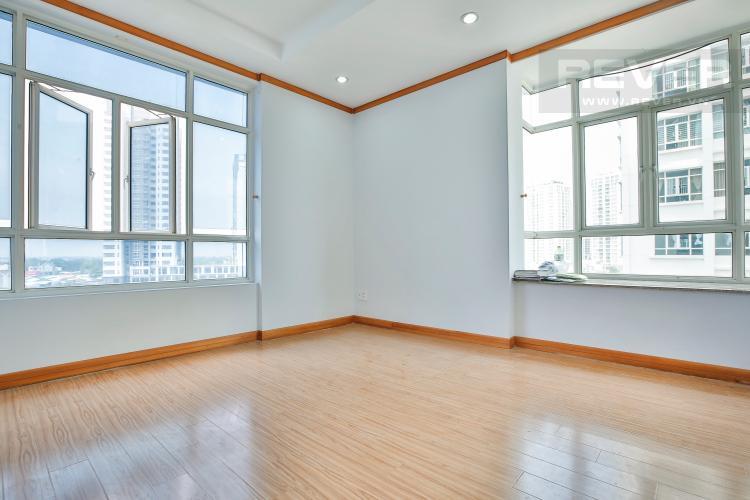 Phòng Ngủ 3 Căn góc Phú Hoàng Anh 3 phòng ngủ tầng trung tòa B2 nội thất cơ bản