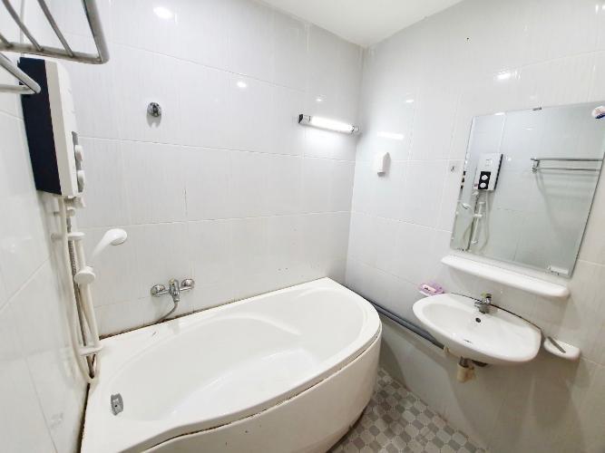 Phòng tắm Jamona City Quận 7 Căn hộ Jamona City tầng 8, view thành phố, nội thất đầy đủ.