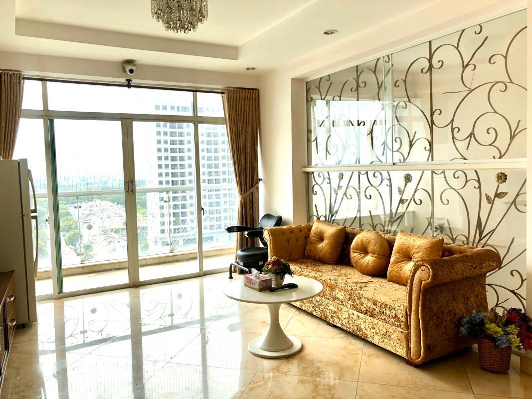 chung-cu-hoang-anh-gia-lai-3-phong-khach-1 Bán hoặc cho thuê căn hộ duplex 5PN Hoàng Anh Gia Lai 3, tầng trung, diện tích 242m2, đầy đủ nội thất