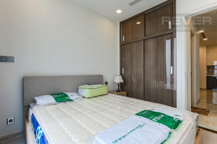 Phòng Ngủ 2 Căn hộ Vinhomes Golden River tầng trung tòa Aqua 3 diện tích 57m2, đầy đủ nội thất