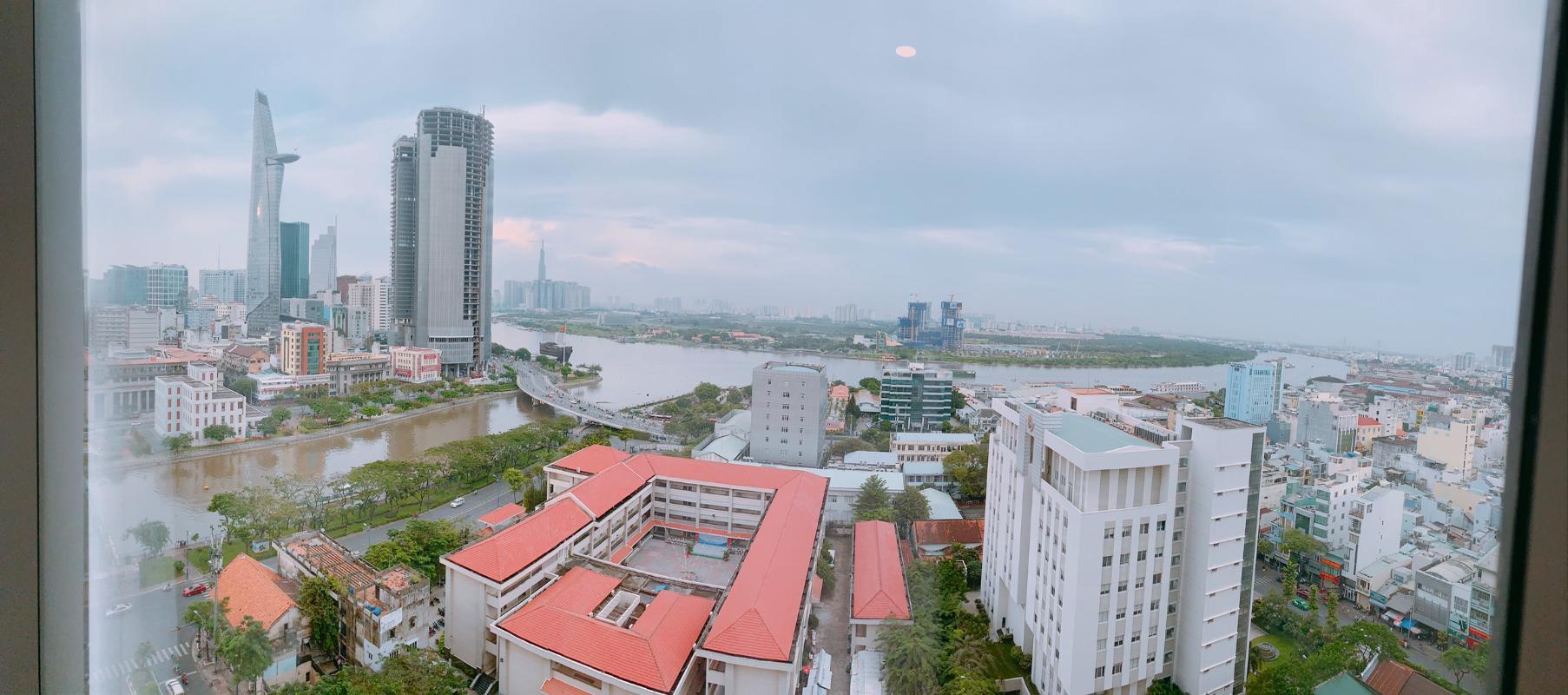 f923024c3564d33a8a75 Bán hoặc cho thuê căn hộ Saigon Royal 3PN, tháp A, đầy đủ nội thất, view sông và Bitexco