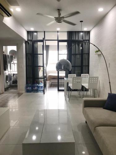Phòng khách căn hộ LEXINGTON RESIDENCE Bán căn hộ Lexington Residence 1PN, tầng 9, đầy đủ nội thất, ban công Đông Nam