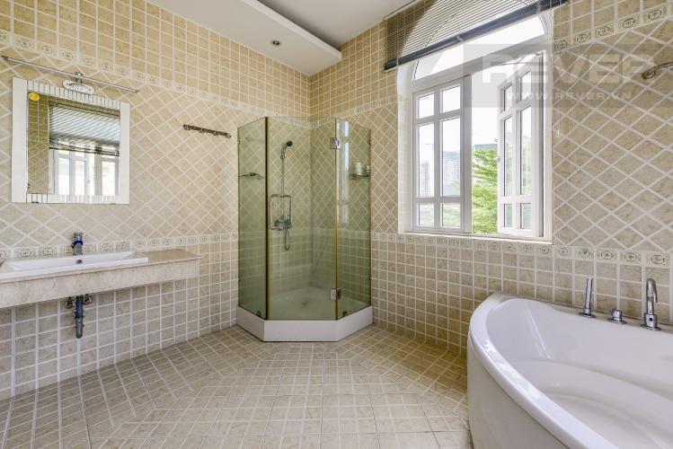 Phòng tắm 4 Nhà phố 10 phòng ngủ đường Lê Hữu Kiều Bình Trưng Tây Quận 2