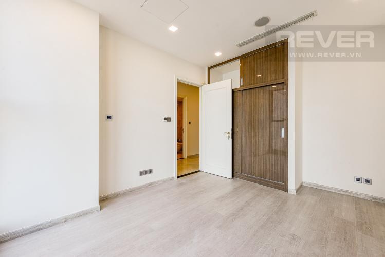 Phòng ngủ Căn hộ Vinhomes Golden River 1 phòng ngủ tầng cao A1 hướng Đông Bắc