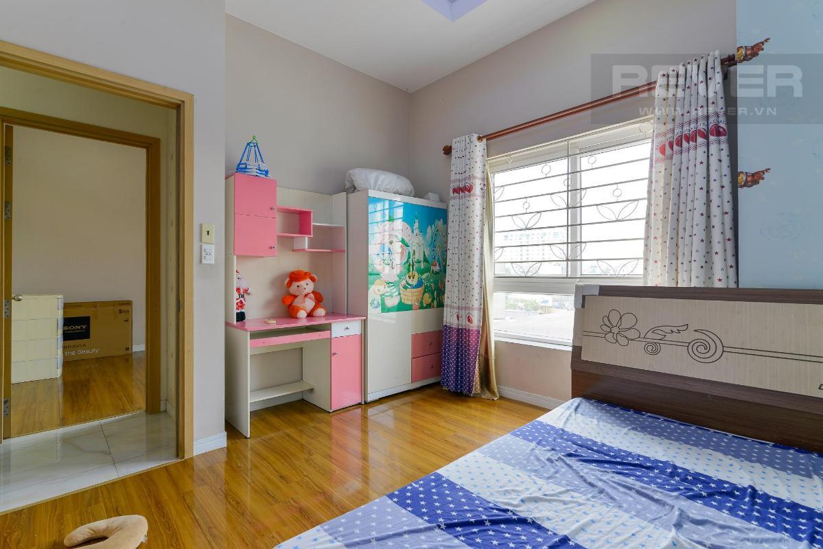 b0cd38e02777c1299866 Bán căn hộ Homyland 2 tầng thấp, 3 phòng ngủ và 2 toilet, diện tích lớn 111m2