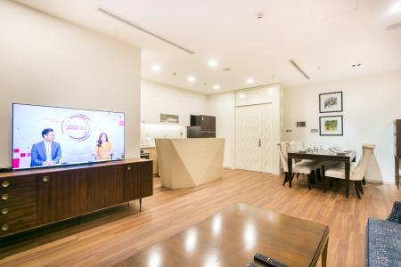Bán hoặc cho thuê căn hộ Vinhomes Golden River 3PN, tầng cao, đầy đủ nội thất, view sông Sài Gòn và Thủ Thiêm