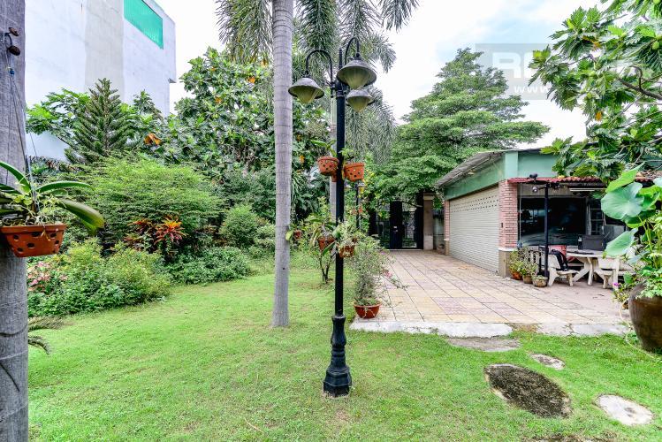Sân Vườn Nhà phố 3 phòng ngủ đường Bình Lợi quận Bình Thạnh