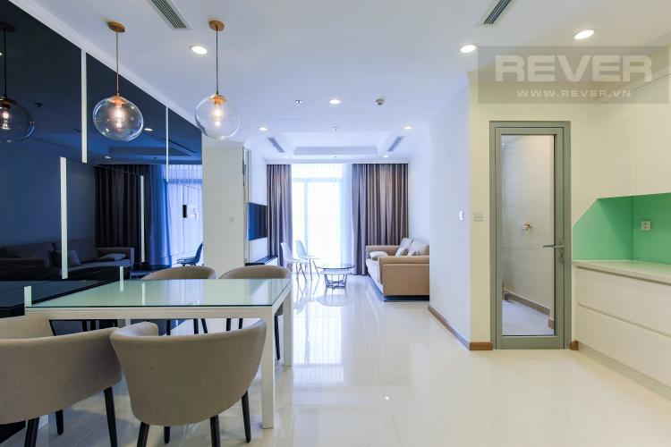 Phòng Bếp Căn hộ Vinhomes Central Park 2 phòng ngủ tầng cao Landmark 3 đầy đủ tiện nghi
