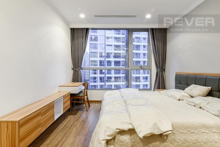 Phòng Ngủ 2 Cho thuê căn hộ Vinhomes Central Park tầng cao, 2PN đầy đủ nội thất, tiện nghi, view nội khu