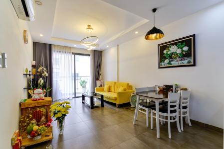 Cho thuê căn hộ The Gold View 2PN, tầng trung tháp A, đầy đủ nội thất, hướng Tây Nam