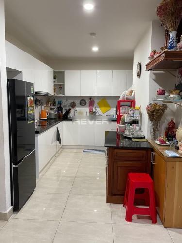 Phòng bếp Cetana Thủ Thiêm, Quận 2 Căn hộ Cetana Thủ Thiêm tầng trung, đón view thành phố.